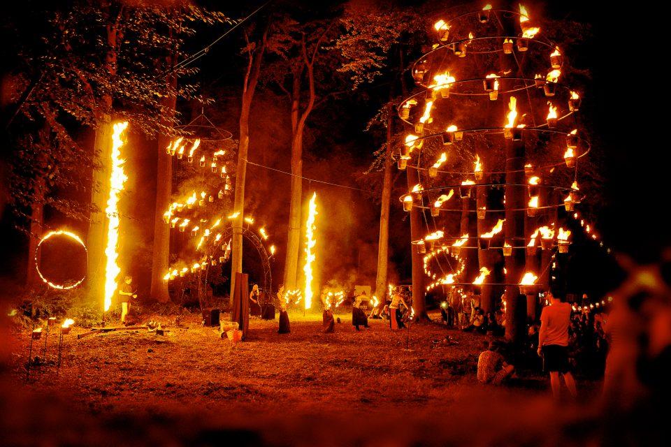 showflamme_burner_feu_fire_flamme_flame_spectacle_exhibition_show_espace_public_area_performer_4