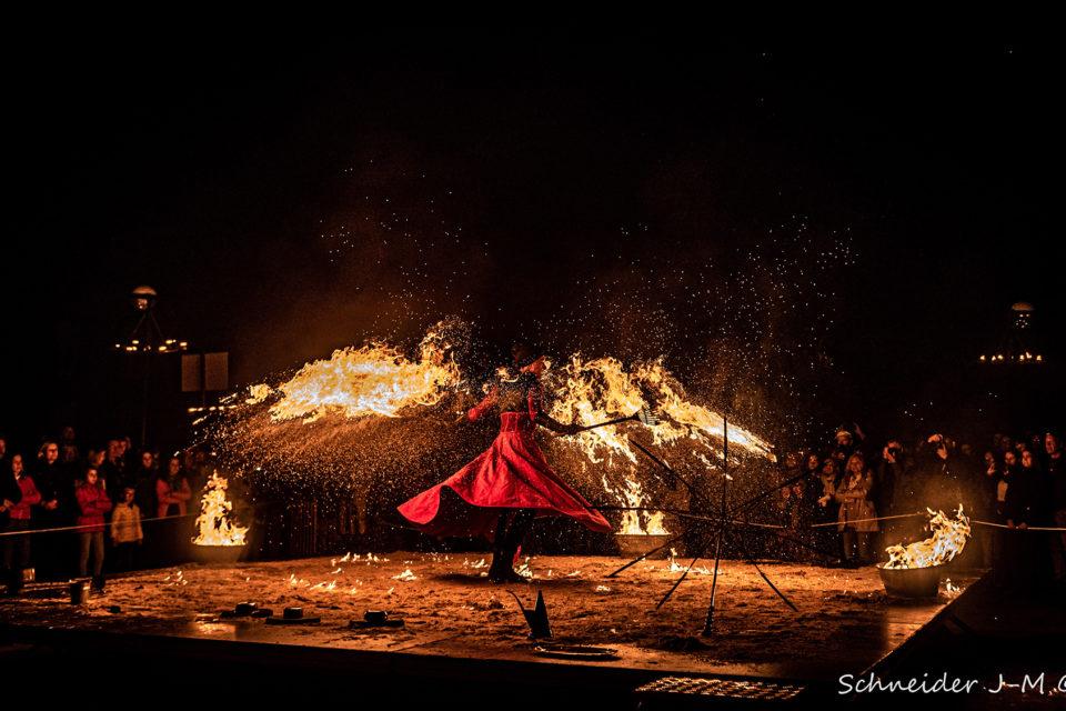 showflamme_lara_castiglioni_symphonie_du_feu_fire_spectacle_street_art_event_13