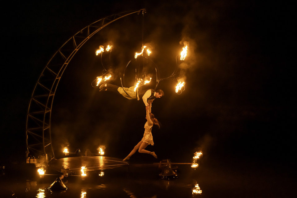 showflamme_spectacle_eau_aquatique_performer-feu_fire_street_art_event_7