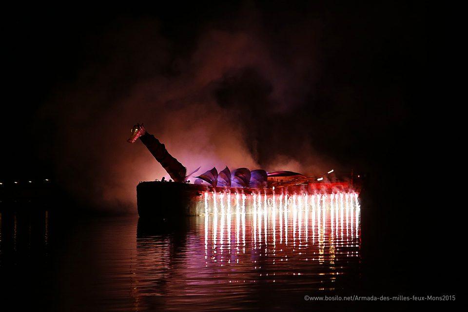 showflamme_bateau_feu_fire_boat_spectacle_exhibition_water_show_aquatique_burner_11