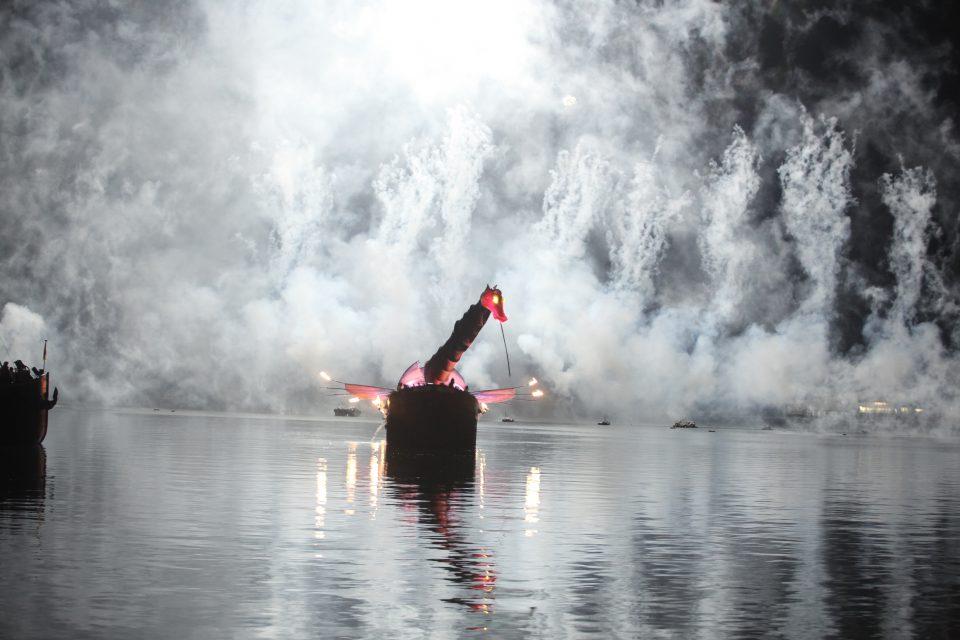 showflamme_bateau_feu_fire_boat_spectacle_exhibition_water_show_aquatique_burner_21