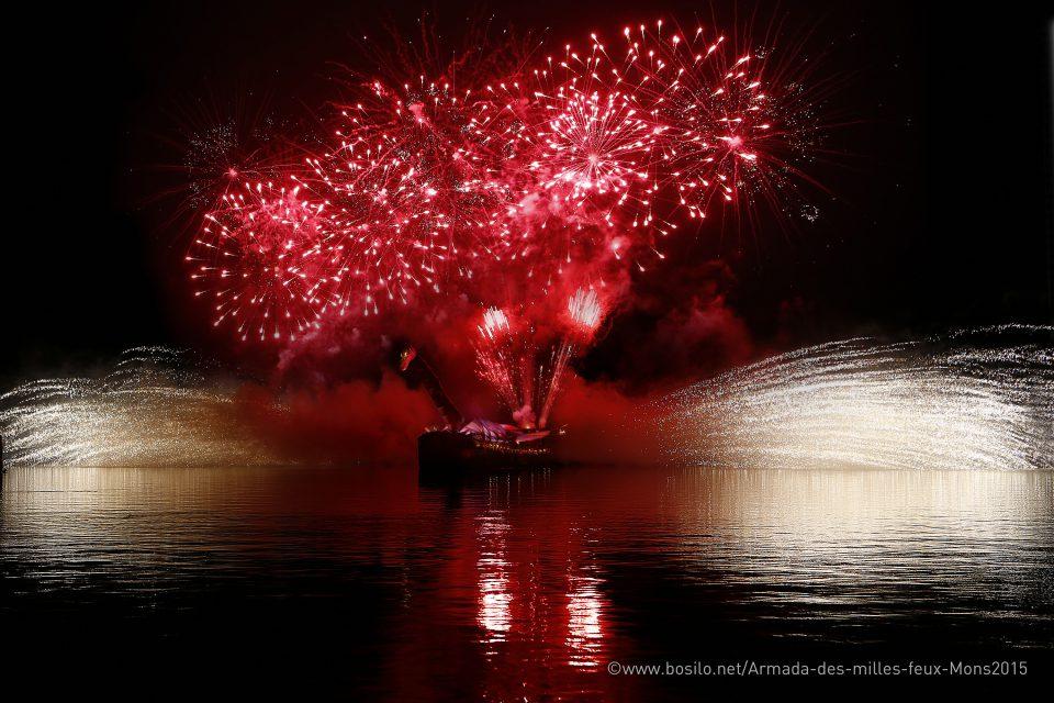 showflamme_bateau_feu_fire_boat_spectacle_exhibition_water_show_aquatique_burner_8