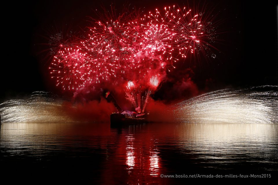 showflamme_bateau_feu_fire_boat_spectacle_exhibition_water_show_aquatique_burner_8